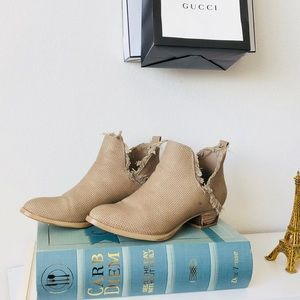 Tan Fringe Heeled Boots